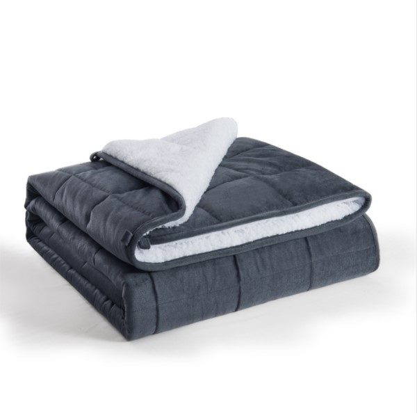 Reversible sherpa quilted blanket
